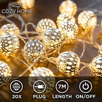CozyHome marokkanische LED Lichterkette – 7 Meter | Mit Netzstecker NICHT batterie-betrieben | 20 LEDs warm-weiß | Kugeln Orientalisch | Deko Silber – kein lästiges austauschen der Batterien - 1