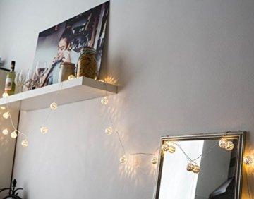 CozyHome marokkanische LED Lichterkette – 7 Meter | Mit Netzstecker NICHT batterie-betrieben | 20 LEDs warm-weiß | Kugeln Orientalisch | Deko Silber – kein lästiges austauschen der Batterien - 7