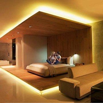 LED Strip Lichterkette, Govee 5m RGB Farbänderung LED Streifen Lichtband Selbstklebend mit Fernbedienung und Controller für Zuhause, Schlafzimmer, TV, Schrankdeko, Hell 5050 LED Band, Schnittbar - 7