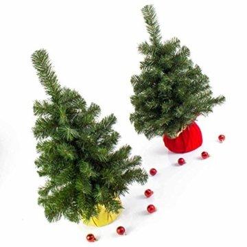 artplants.de Mini Weihnachtsbaum WARSCHAU, grün, rot, 60cm, Ø 40cm - Plastik Tannenbaum - 5