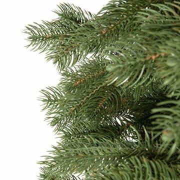 FairyTrees künstlicher Weihnachtsbaum KÖNIGSFICHTE Premium, Material Mix aus Spritzguss & PVC, inkl. Holzständer, 180cm, FT18-180 - 6