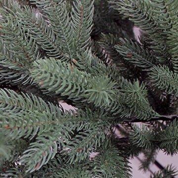 RS Trade HXT 1418 künstlicher PE Spritzguss Weihnachtsbaum 150 cm (Ø ca. 106 cm) mit ca. 2375 Spitzen, schwer entflammbarer Tannenbaum mit Schnellaufbau Klappsysem, inkl. Metall Christbaum Ständer - 4