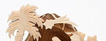 Dekohelden24 Handgeschnitzte Holz Krippe mit 9 Figuren, Breite 18 cm x Tiefe 10 cm x Höhe 13 cm - 6