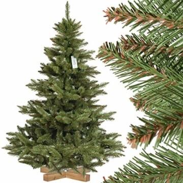 FairyTrees künstlicher Weihnachtsbaum NORDMANNTANNE, grüner Stamm, Material PVC, inkl. Holzständer, 150cm, FT14-150 - 1