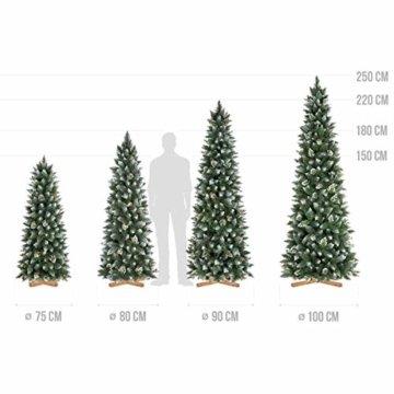 FairyTrees künstlicher Weihnachtsbaum Slim, Kiefer Natur-Weiss beschneit, Material PVC, echte Tannenzapfen, inkl. Holzständer, 220cm, FT09-220 - 7