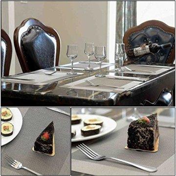 ISIYINER Tischset, Platzset 6er Set rutschfest Abwaschbar PVC Abgrifffeste Hitzebeständig Platzdeckchen für Zuhause Restaurant Speisetisch Silber - 6