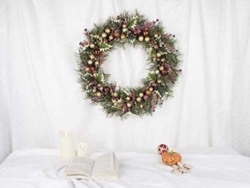 LTWHOME WHCMCGB Dmr 56cm Handgemachter Weihnachtskranz mit Kiefernnadeln, Holly Leaves, Weihnachtskugeln für Haus, Tür, Wand, Kaminsims, Fenster - 2