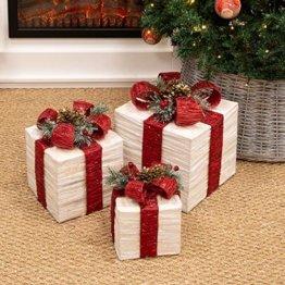 The Christmas Workshop 70749 3er Set beleuchtete Weihnachtsboxen mit roter Schleife | Weihnachtsdekoration für den Innenbereich | 65 warmweiße LED-Lichter | Batteriebetrieben | Timer-Funktion - 1