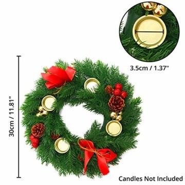 Belle Vous Adventskranz Kerzenhalter - 30 cm Durchmesser Künstlicher Adventskranz, Weihnachtskranz, Kerzenhalter mit Pinienzapfen Roten Beeren Schleifen für Weihnachtliche Tafelaufsätze Weihnachtsdeko - 5