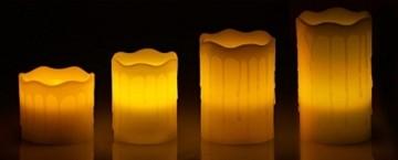 Britesta Tannenkränze LED-Kerzen: Adventskranz mit weißen LED-Kerzen, silbern geschmückt (Elektrische Kerzen Adventskranz) - 3
