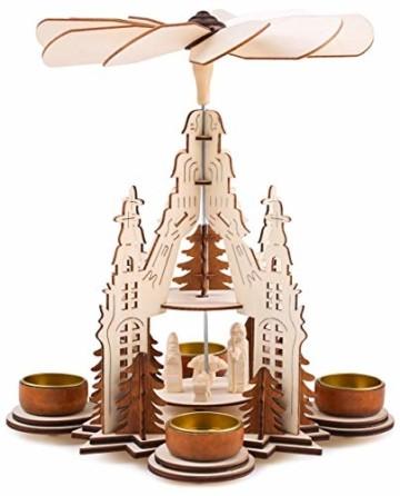 Brubaker Weihnachtspyramide Kathedrale 29 cm - Maria, Josef und Jesus - 2 Etagen - Teelichtpyramide mit 4 Teelichthaltern aus Metall - Holz Natur - 1