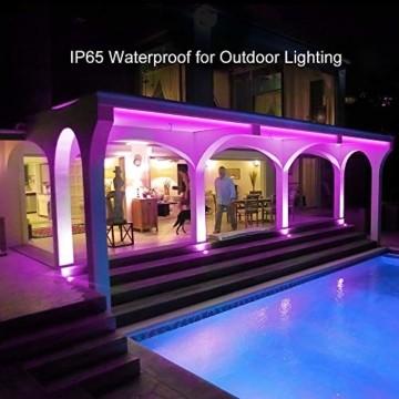 Govee LED Streifen 5m, RGB LED Strip mit Fernbedienung, farbänderbares LED Lichtband für Zuhause, Schlafzimmer, TV, Tische, Schrank, 12V - 2