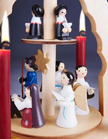 Brubaker 2-stöckige Weihnachtspyramide aus Holz - 30 cm - Krippenszene mit Jesuskind Maria und Josef, Engeln und Sternsingern - 5