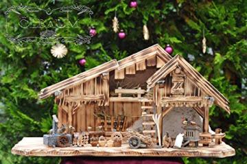 ÖLBAUM-Krippe KS70ng-MF-SKR- XXL Holz-Weihnachtskrippe, mit GRANITBRUNNEN Wassergrand + Premium-DEKOSET Krippenstall, Massivholz edel GEFLAMMT - mit 12 x Premium- Krippenfiguren + Engel mit - 6