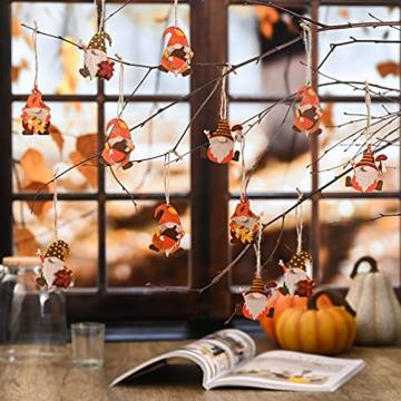 VALERY MADELYN Holz Deko Hänger Herbst Dekoration Figuren 24er Set 4.5-5.5cm Zwerg Wichtel Ahornblatt Pilz Herstdeko Bunte bemalt Fensterhänger mit Schnur zum Aufhängen Erntedankfest Thanksgiving - 2