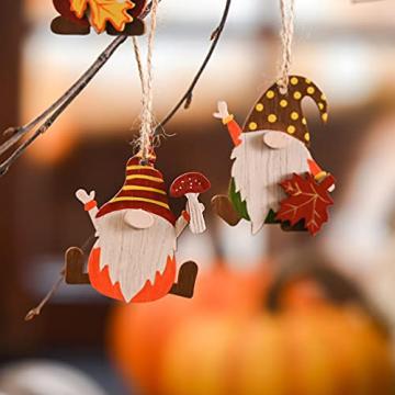 VALERY MADELYN Holz Deko Hänger Herbst Dekoration Figuren 24er Set 4.5-5.5cm Zwerg Wichtel Ahornblatt Pilz Herstdeko Bunte bemalt Fensterhänger mit Schnur zum Aufhängen Erntedankfest Thanksgiving - 5