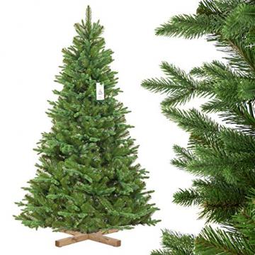 FairyTrees Weihnachtsbaum künstlich NORDMANNTANNE Edel, Material PU und PVC, inkl. Holzständer, FT25-180 - 1