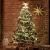 FairyTrees künstlicher Weihnachtsbaum Kiefer, Natur-Weiss beschneit, Material PVC, echte Tannenzapfen, inkl. Holzständer, 120cm, FT04-120 - 3