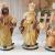 PREMIUM Krippenfiguren 12er SET handbemalt/GEBEIZT in edler Echtholz - Optik für Holz Weihnachtskrippe Zubehör, komplett MIT HOLZBOX KFK-Box - saubere Gesichtszüge, feine Mimik, handbemalte - 3