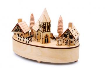 """Spieluhr """"kleines Dorf"""", Winterkulisse aus detailliert gearbeitetem Sperrholz, Kirche dreht sich sanft zu der Melodie """"Stille Nacht"""", schöne Weihnachtsdekoration mit gelben LED-Lämpchen in den Häusern - 1"""