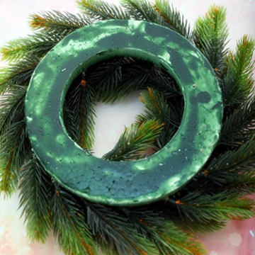 VOSAREA 30cm Weihnachtskranz Künstlicher Wandkranz Türkranz Kiefe Dekokranz Tannenkranz Weihnachtsgirlande Kränze Deko für Weihnachten Hochzeit Haus DIY Ornament (Grün) - 5